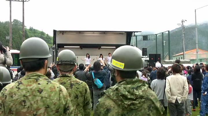 『DOCUMENTARY of AKB48 Show must go on 少女たちは傷つきながら、夢を見る』(2012)